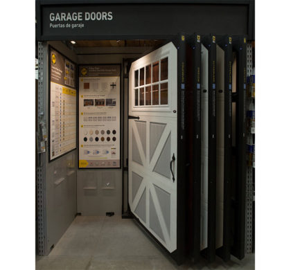 Garage Door Merchandiser